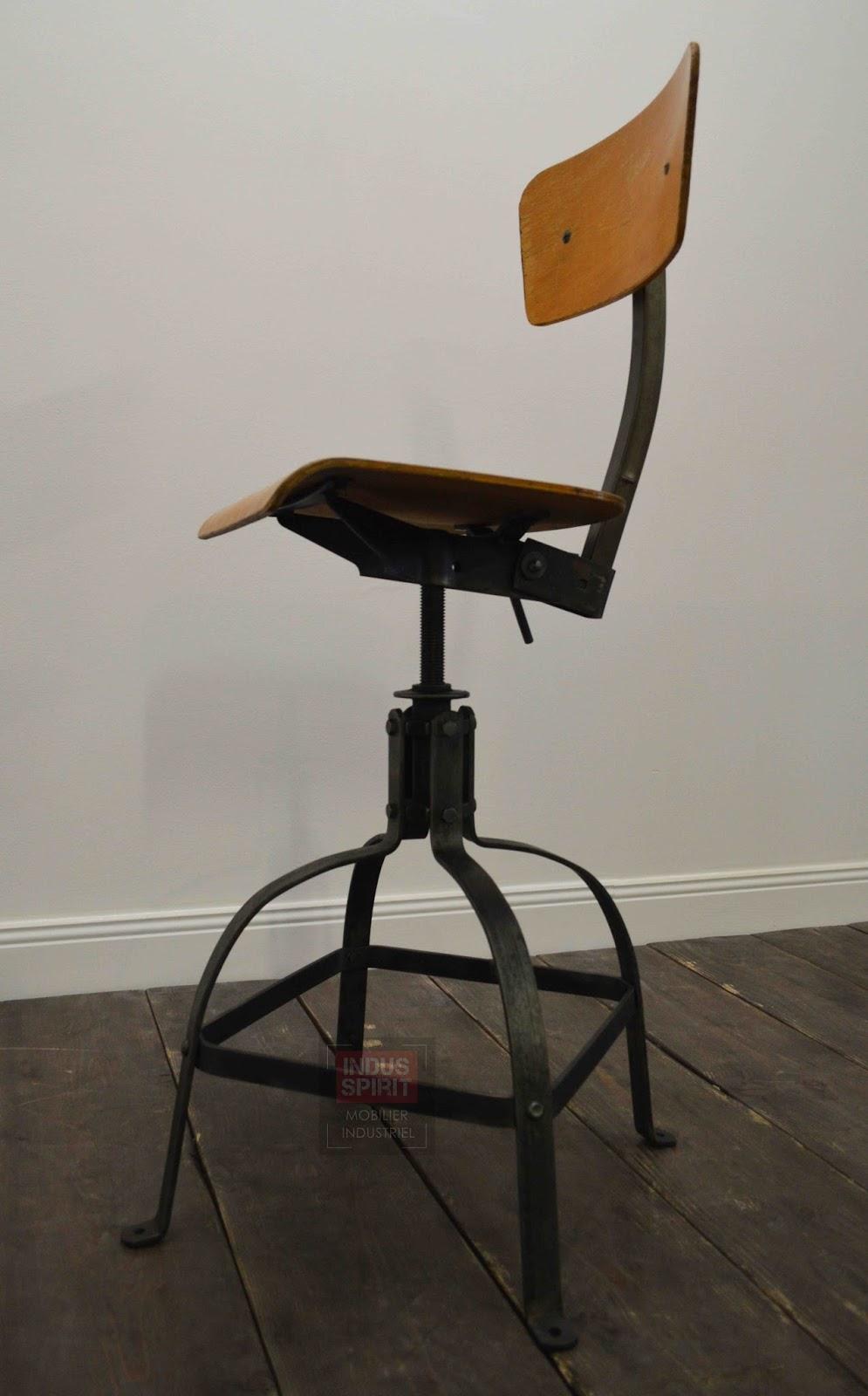 chaise industrielle bienaise. Black Bedroom Furniture Sets. Home Design Ideas