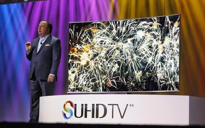 Destaque da maior feira de eletrônicos do mundo Samsung estreou seu novo sistema Tizen para Smart TVs