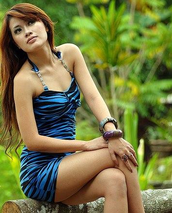 http://majalahkonyol.blogspot.com/2013/03/cerita-dewasa-ngentot-anak-supermodel.html