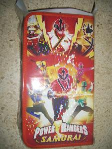 Tempat DVD Superhero