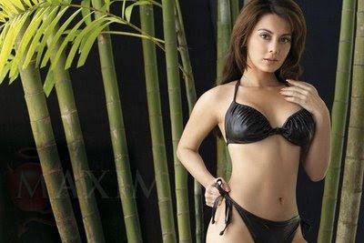 Photos of sexy nude girls fucking lonley
