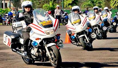 Cara Mengendarai Sepeda Motor Yang Benar dan Aman