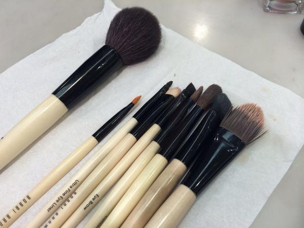 Bobbi Brown Pretty Powerful in 10 Steps Sheffield Meadowhall House of Fraser Brushes