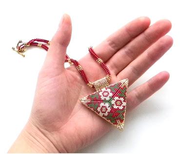 треугольник из бисера купить кулон ручной работы beaded triangle peyote anabel