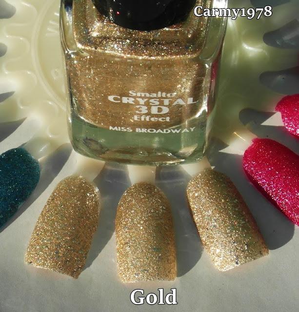 smalto-oro-con-glitter