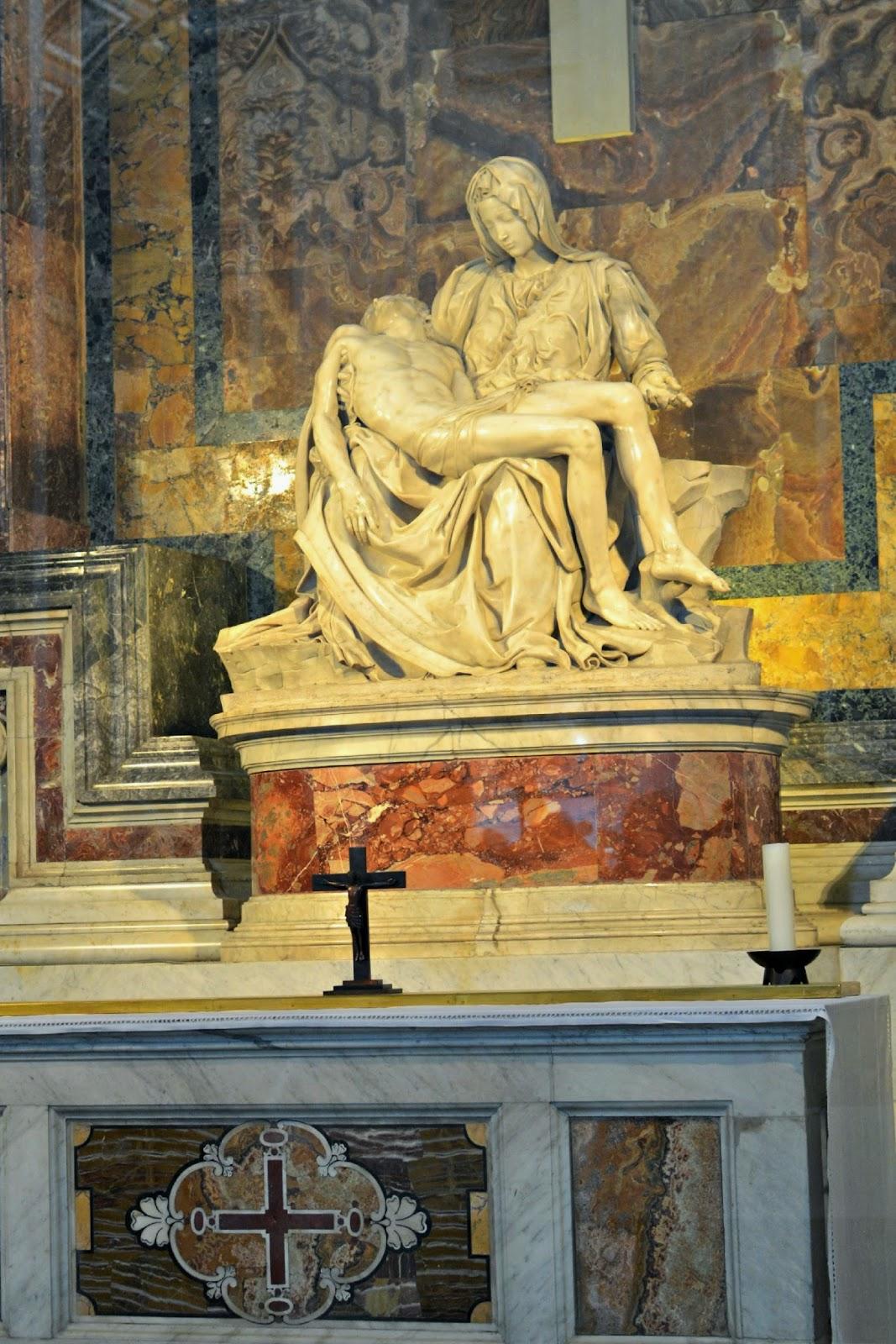 Michelangelo's Pieta st peter's basilica vatican city