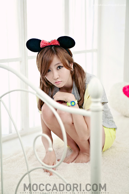 Choi-Byul-I-Yellow-and-Grey-10-very cute asian girl-girlcute4u.blogspot.com