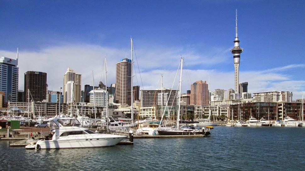 Auckland - vue depuis les berges de Viaduc Bassin