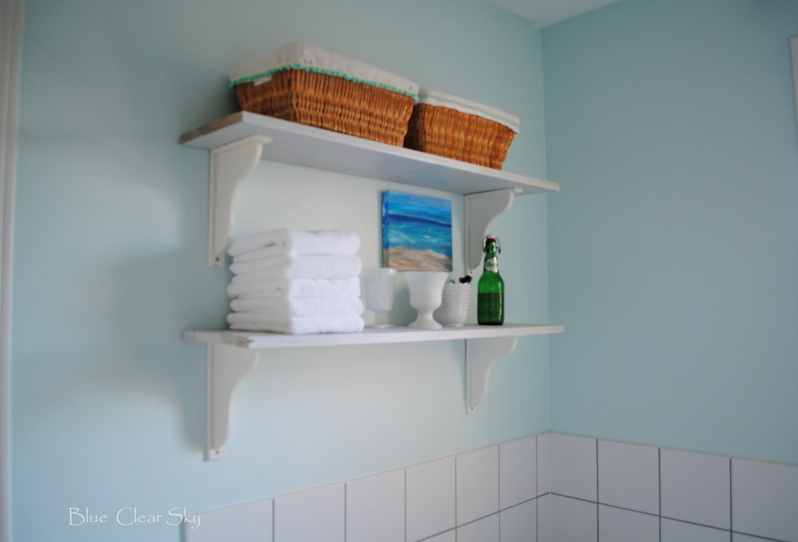 Rustic Maple: Simple Master Bathroom Shelves