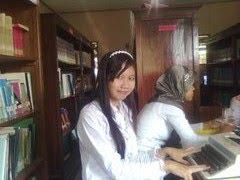 SMILE, GLAD TO WORK IN RUNNING / SENYUM, SENANG DALAM MENJALANKAN PEKERJAAN
