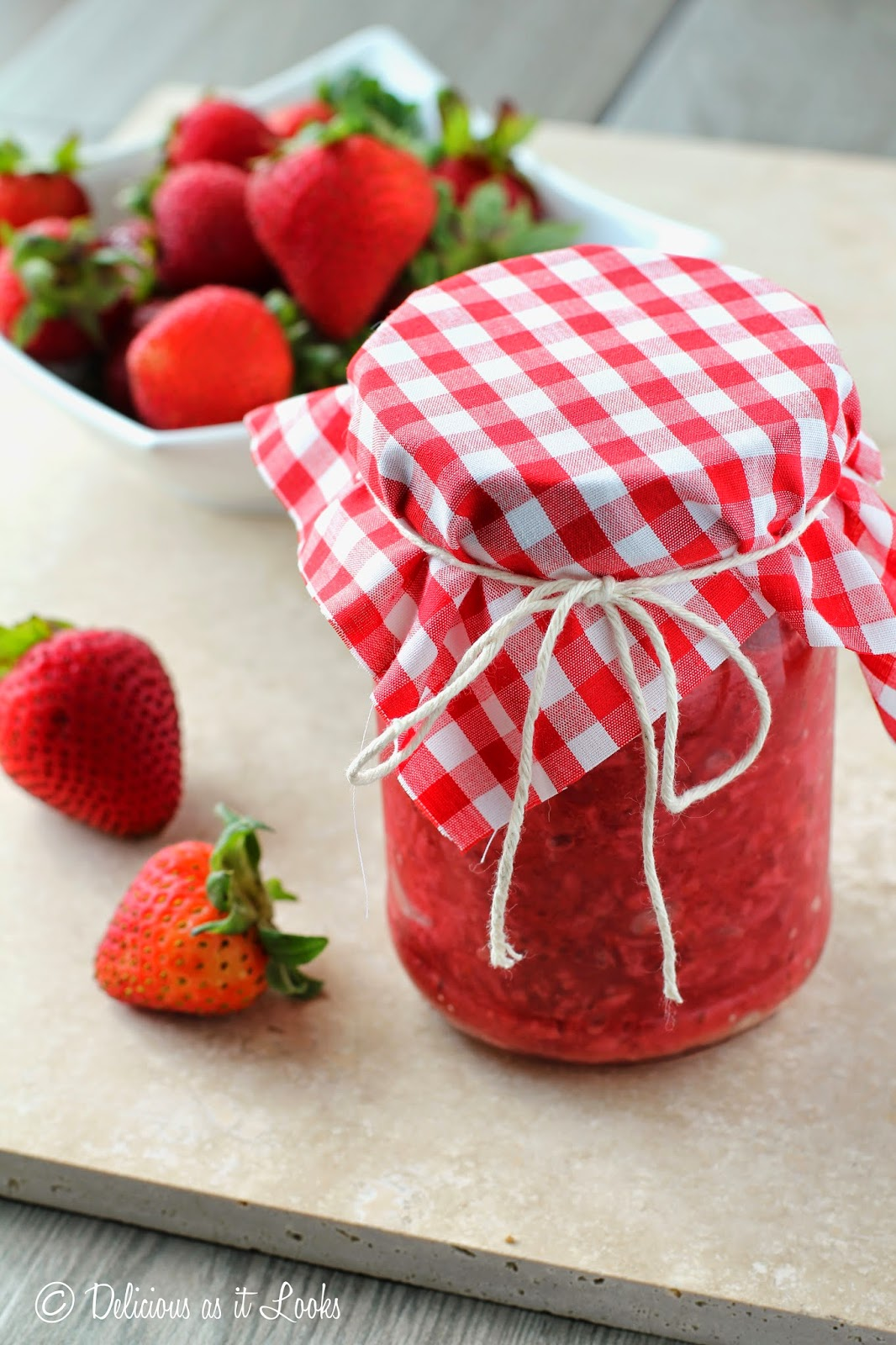 Quick & Easy Low-Sugar Strawberry Jam  /  Delicious as it Looks