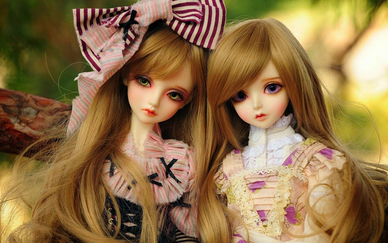 Cute Twins Barbie Dolls HD Wallpaper Free