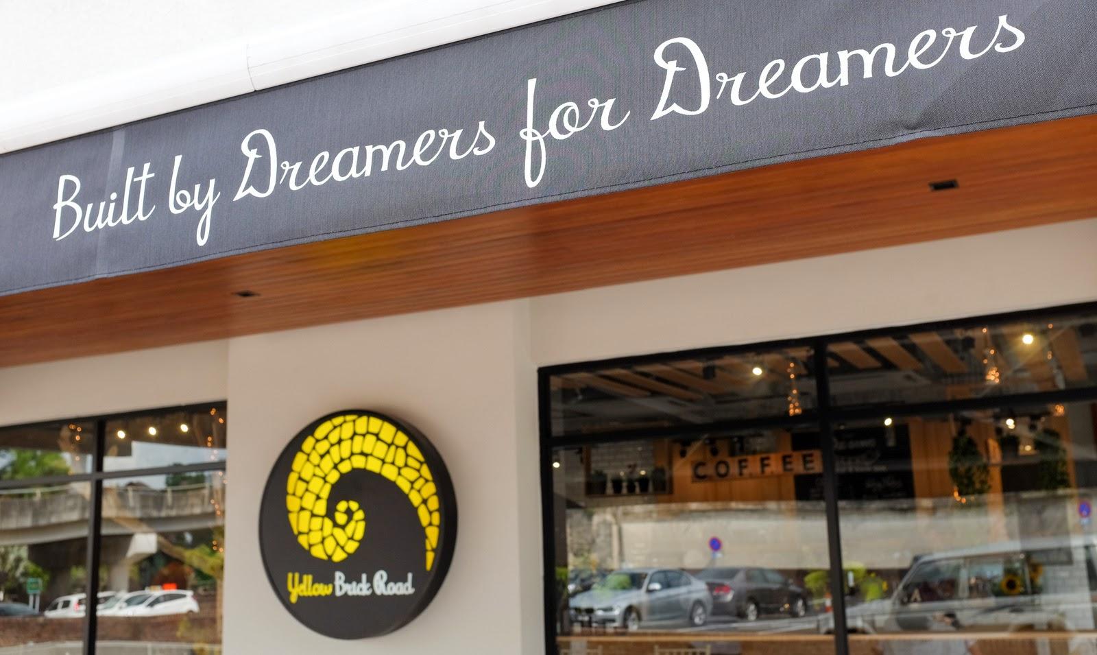 yellow brick road batai village damansara heights - Yellow Restaurant 2015