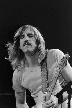 JOE WALSH  (1947- PRESENT)  SINGER, SONG WRITER