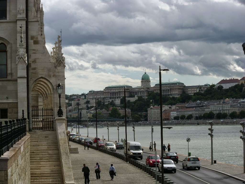 Onde fica o Parlamento de Budapeste
