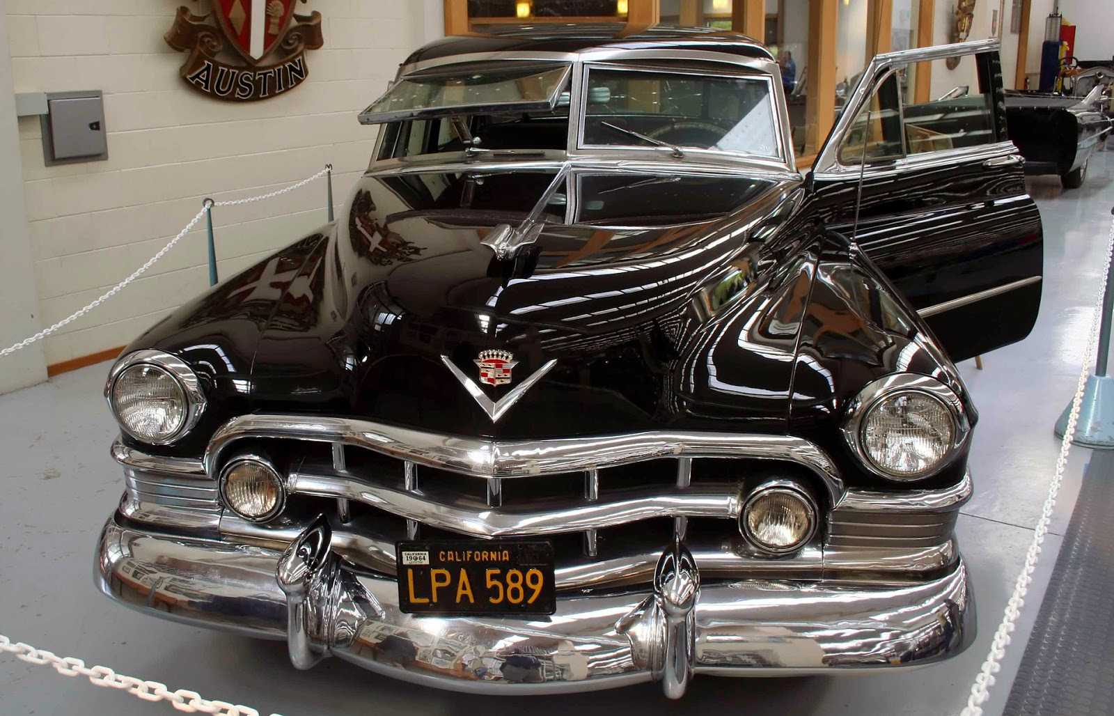 transpress nz: the Mickey Cohen gangster Cadillac