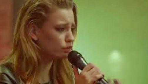 serenay sarıkaya isyan şarkısı