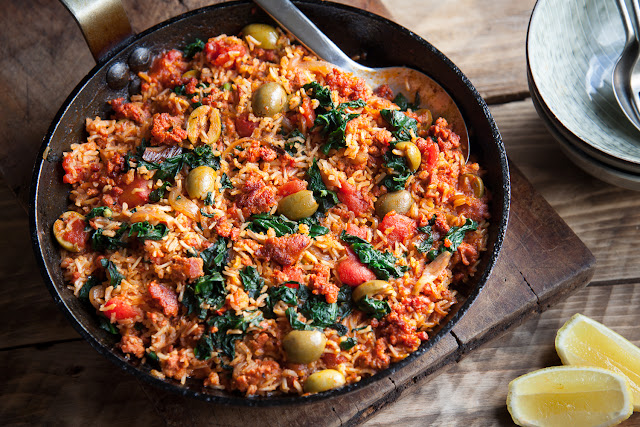 Riverford Organic Farms - Tomato and chorizo rice with olives and spinach