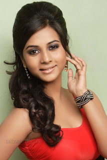 Suja Kumar Gorgeous looking Pictures 006.jpg