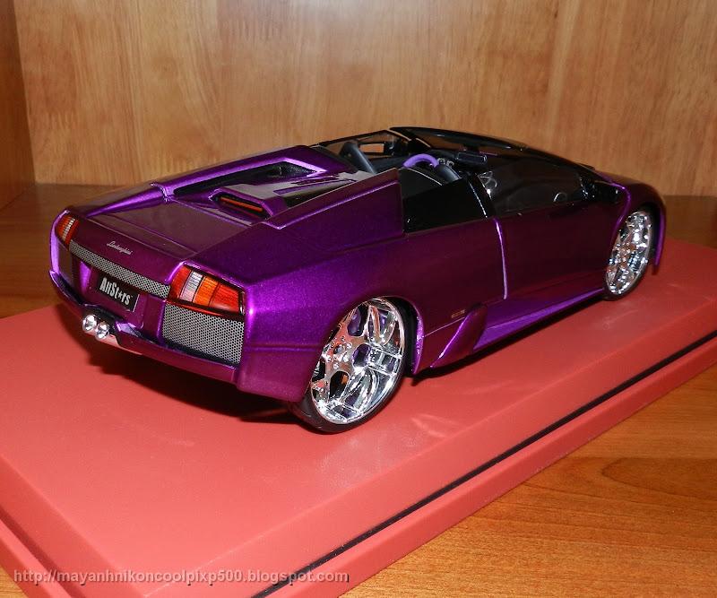 Lamborghini Murcielago Roaster 1:18 back