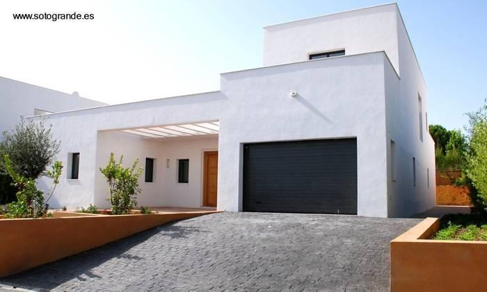 Arquitectura de casas fotos de modernas casas del - Casas blancas modernas ...