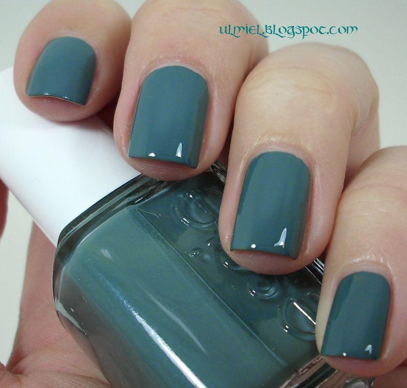 Did someone say nail polish?: Essie - School of Hard Rocks