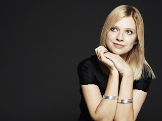 IN PERFORMANCE: Internationally-acclaimed pianist VALENTINA LISITSA [Photo by Gilbert François, © by DECCA / Universal Music Group]