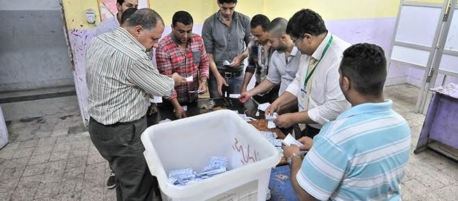 اللجنة العامة للانتخابات بالغرببة: السيسى يكتسح صباحى