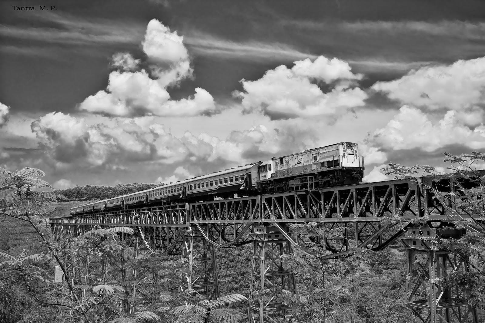 Jembatan Kereta api terpanjang di Indonesia