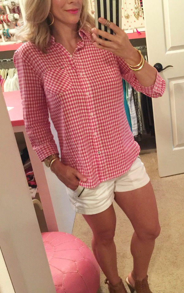 Weekend Steals & Deals | gingham top & military shorts