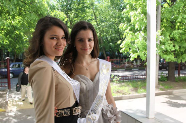 high+school+graduate+girls+from+Russia4 High school graduate girls from Russia (35 pics)