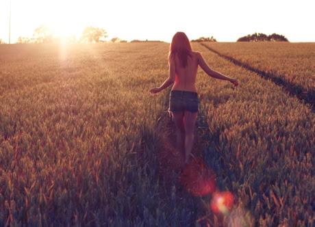 Feel Free Beauty Girl