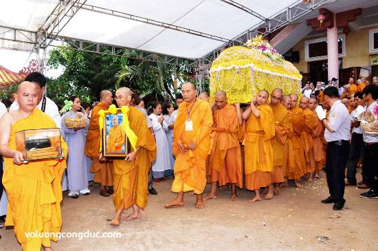 Cung tiễn Trà tỳ Kim Quan Cố HT - Thích Giác Dũng - voluongcongduc.com -12