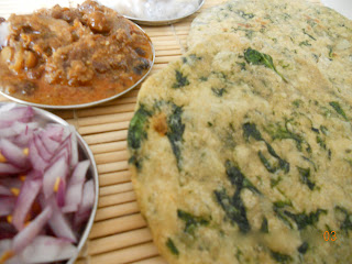 spinach and garlic chapathi