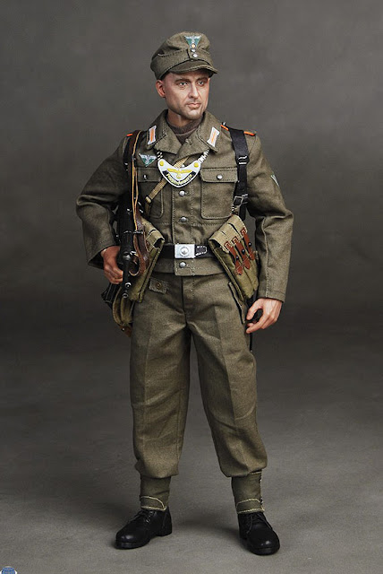 1:6 Scale Dragon WWII German Cloth Field Cap 31