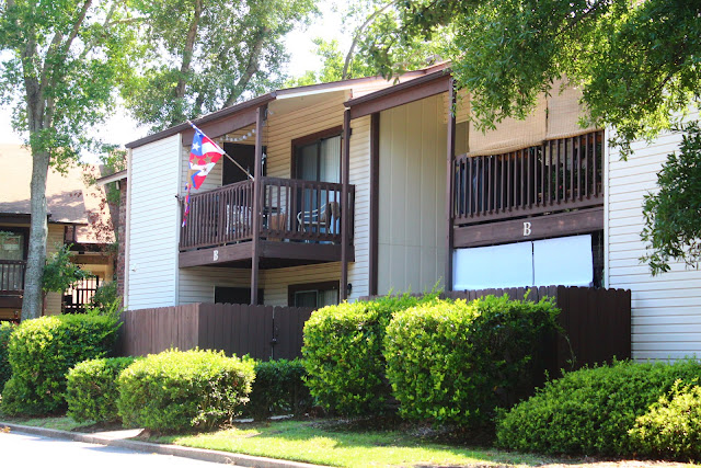 Condos for rent near Pensacola Bay at Spyglass Point