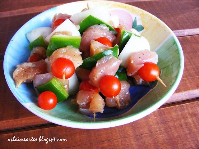 Espetinhos de Frango com vegetais
