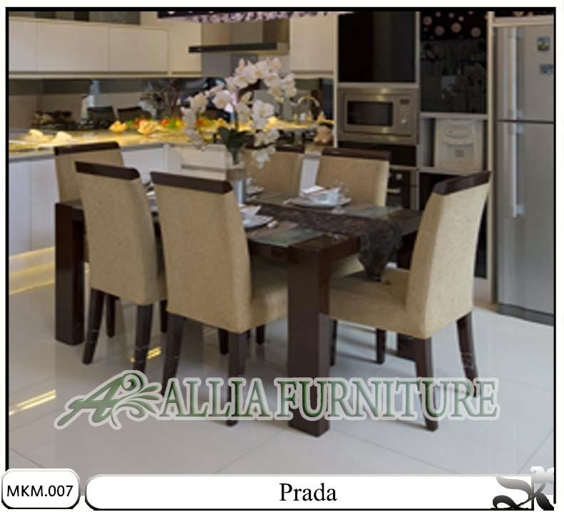 Kursi & meja makan minimalis set Prada