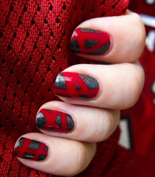 Red and Grey Checked Nail Art