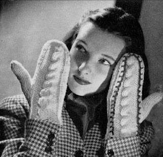 1940's Knitting - Cable Mittens
