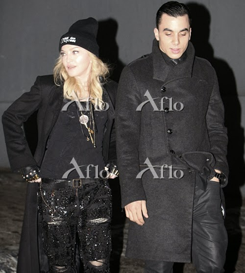 http://www.aflo.com/s/Search/search?ac_type=ed&s_genru=entertain&s_page=0&slider_auto=&search_ext=1&s_keywords_last=madonna&s_keywords_ext=%28%22%E3%83%9E%E3%83%89%E3%83%B3%E3%83%8A%22+OR+%22Madonna%22%29&s_keywords_not_last=&s_keywords_not_ext=&csr=&search_type=&stype_key=&stype_imgno=&s_conjunction_last=AND&s_conjunction=AND&category_kind=&cateno=&cid=&step=&catename=&s_keywords=Madonna+Timor+Steffens&s_keywords_not=&shape1=Y&shape2=Y&shape3=Y&shape4=Y&search_date=&fromdate=20140128&todate=20140128&multi_genres=editorial%2Csports%2Cnews%2Chistory%2Cphoto%2Cart%2Cc_mov%2Ce_mov%2C