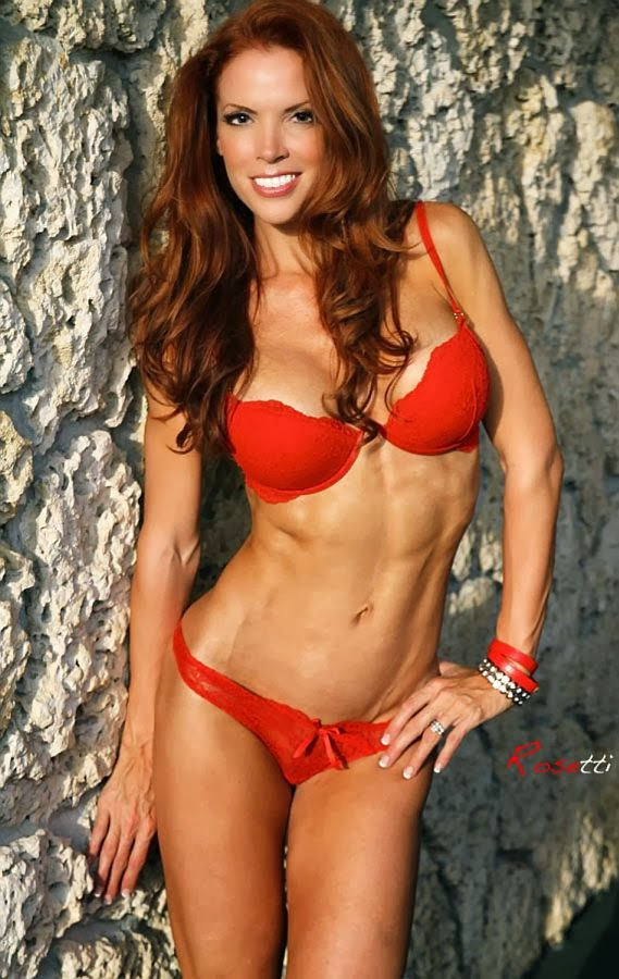 Karen Kennedy - Female Fitness Model