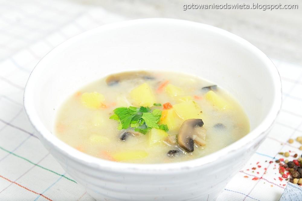 Zupa pieczarkowa przygotowana