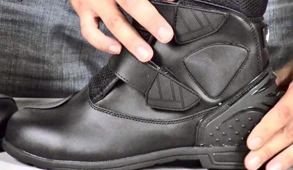 Memilih Sepatu Touring Yang Tepat dan Aman