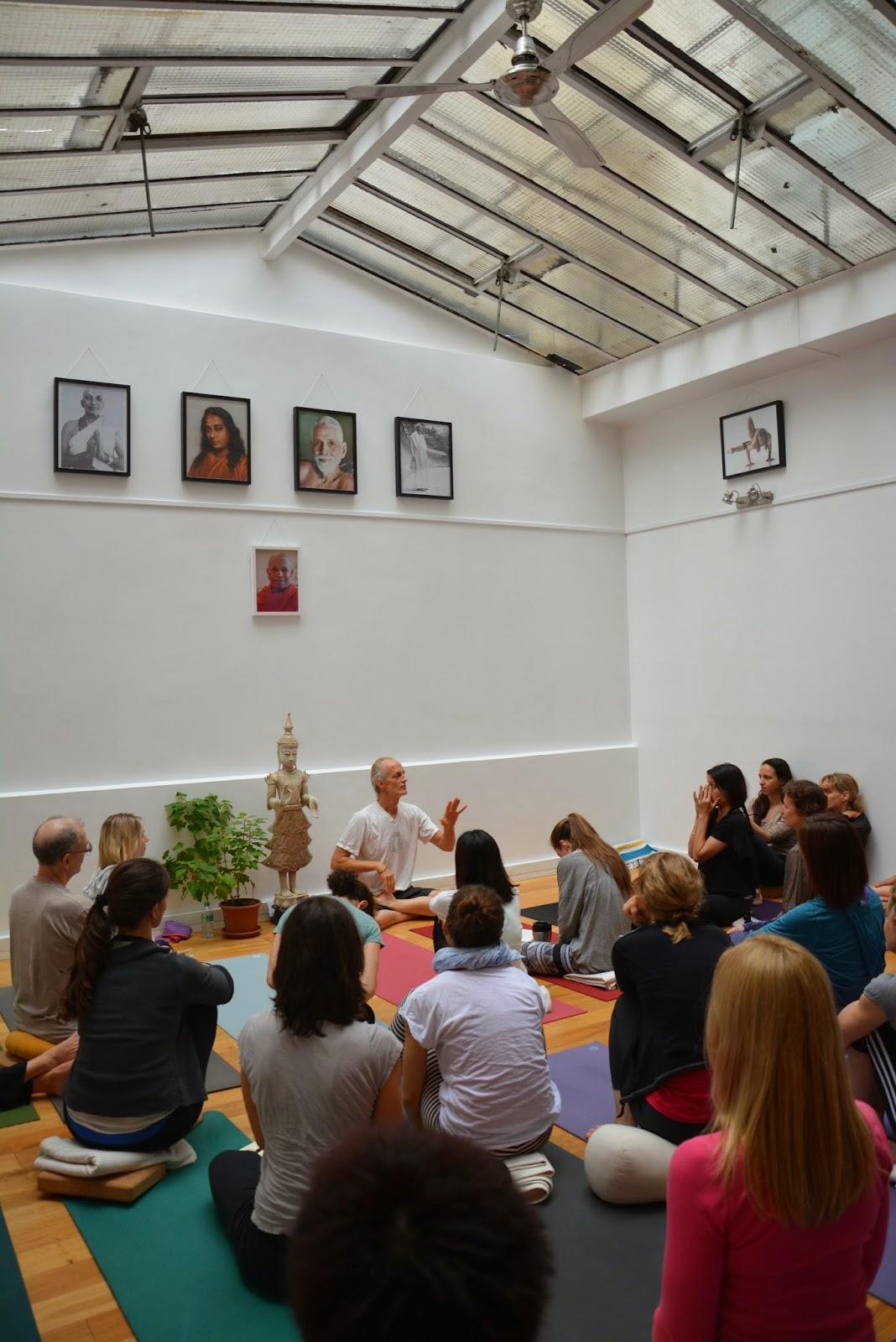 yoga observation Teaching yoga: the power of observation yoga teacher by dr paul jerard, e- ryt 500 although a hatha yoga teacher must be able to teach.