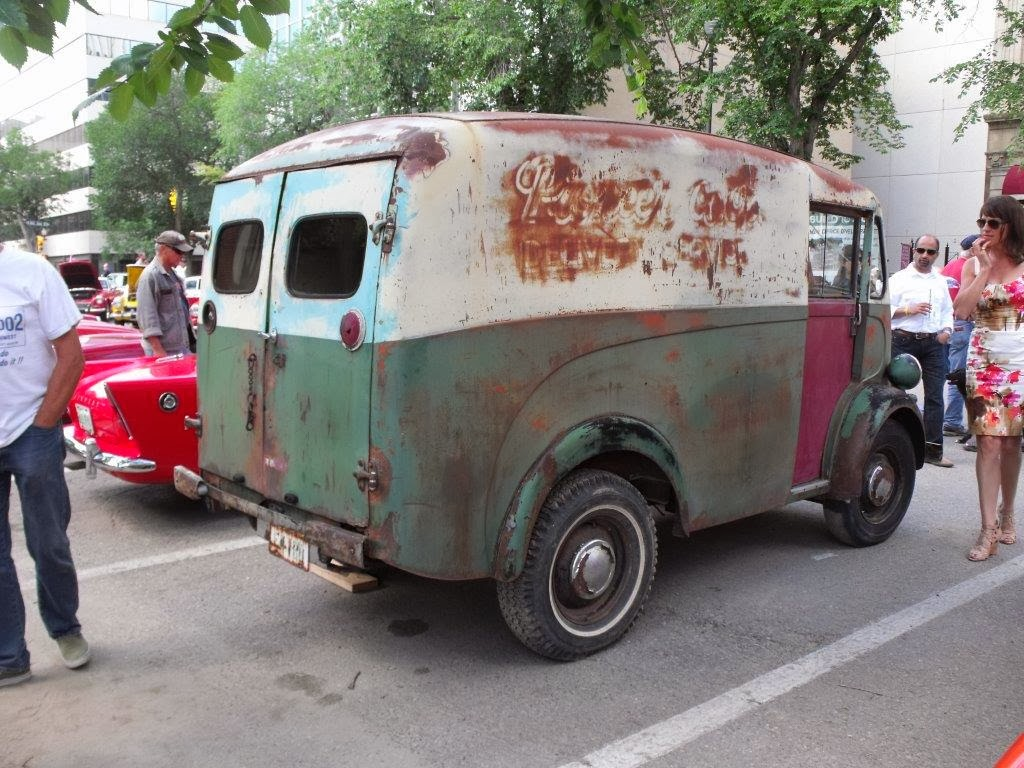 A little blog about the restoration of a 1953 Left Hand Drive Morris J type van.