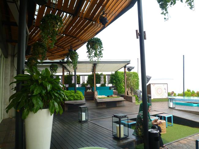 Elegante y coqueta terraza