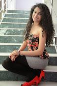 Soumya Sukumar New photo shoot-thumbnail-3