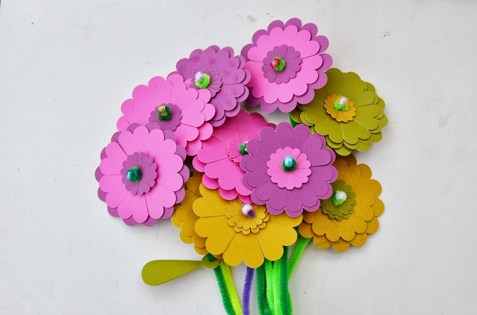 Flower from paper craft idealstalist snugglebug university paper flower craft kit mightylinksfo