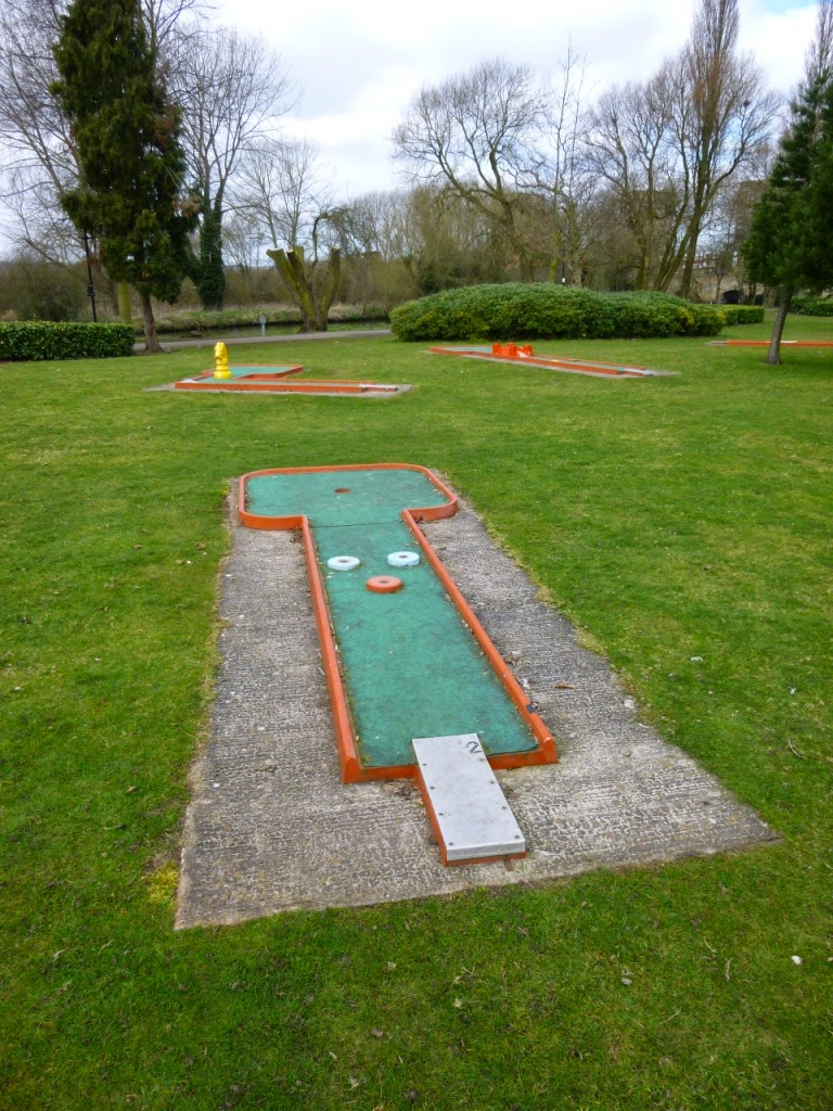Mini Golf in Tamworth, Staffordshire